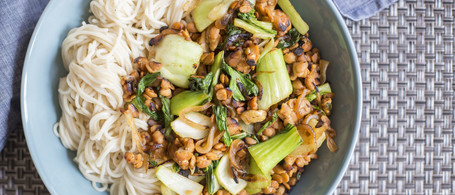 SuperFood Noodle Bowl with Tempeh, Bok Choy & Cashews