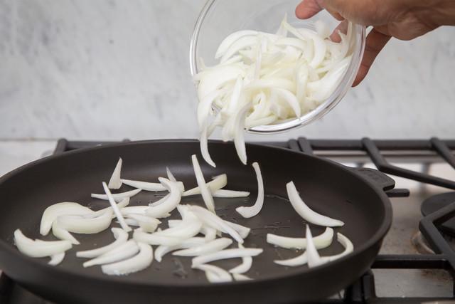 Vidalia onions in skillet