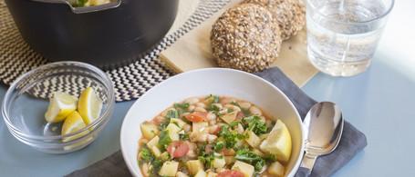 Tomato, Kale & White Bean Stew with Multigrain Roll