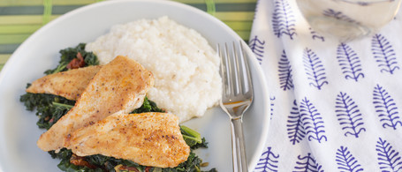 Chicken & Garlicky Kale over Grits