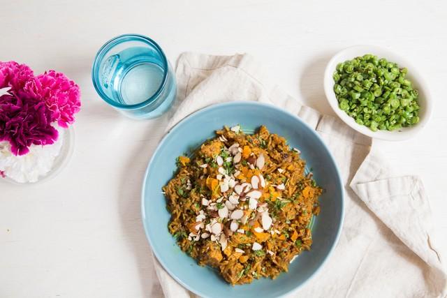 Chef Asha Gomez's Weeknight Fancy Chicken and Green Bean Verraka
