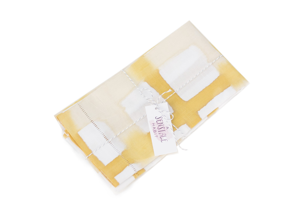 A Sensible Habit Linen Napkin Set - Cream & Mustard