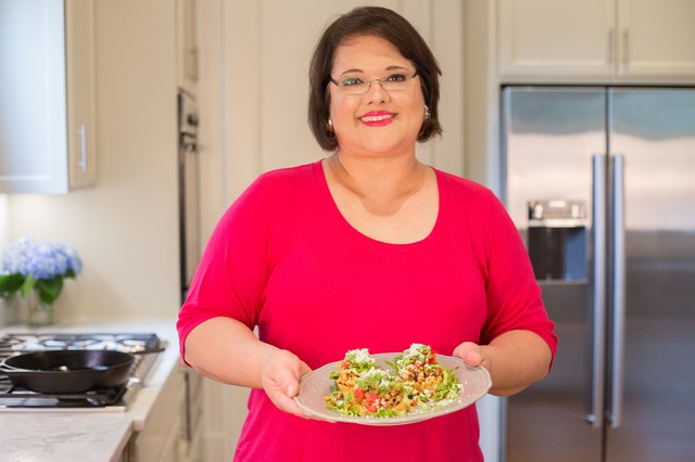Sandra Gutierrez and her sopes