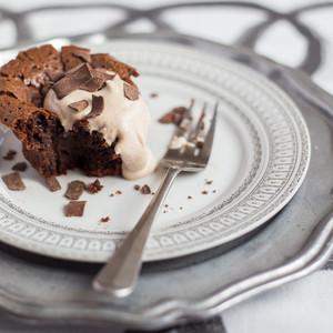 Kathleen McDaniel's Flourless Chocolate Cake with Cinnamon-Spiced Whipped Cream Kit