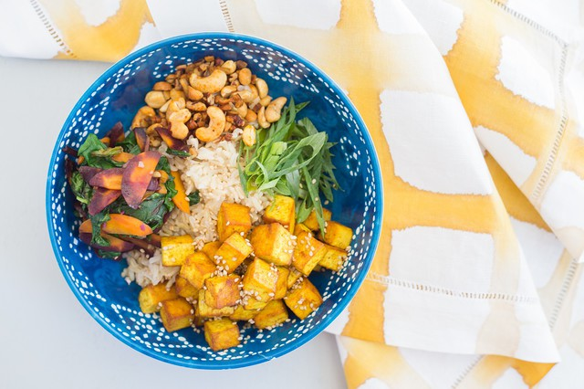 Superfood Tofu Bowl
