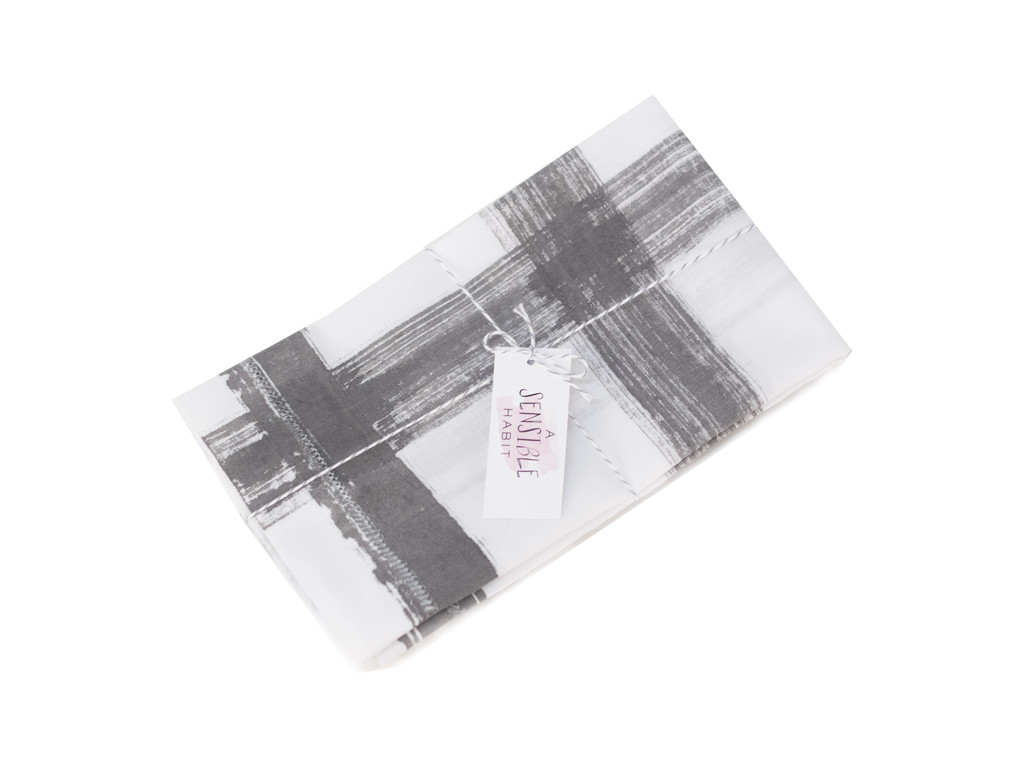 A Sensible Habit Linen Napkin Set - Black & White