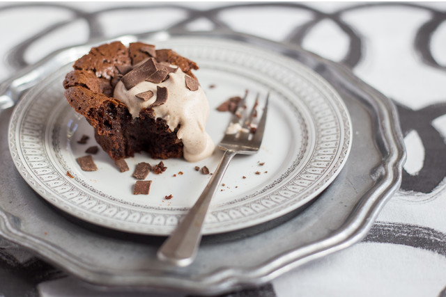Kathleen McDaniel's Flourless Chocolate Cake with Cinnamon-Spiced Whipped Cream